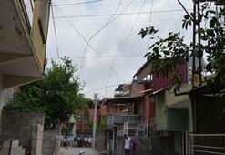 Adanada kopan yüksek gerilim hattı korkuttu