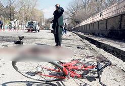 Bisikletçilere  saldırı: 4 ölü