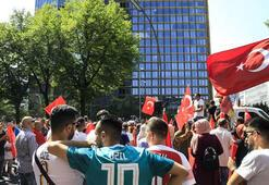 Almanyada Mesut Özile destek gösterisi