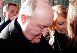 Avustralyada çocuk istismarını gizleyen başpiskopos istifa etti