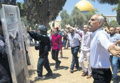 Kudüs'te Cuma yine olaylı