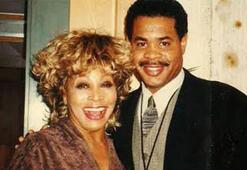 Tina Turner oğlunun küllerini denize attı