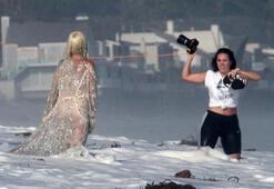 Lady Gagadan cesur çekim