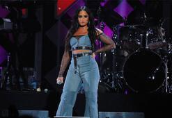 Hastaneye kaldırılan Demi Lovatodan haber var
