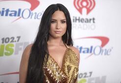 Demi Lovatodan çok kötü haber Hayranları şokta...