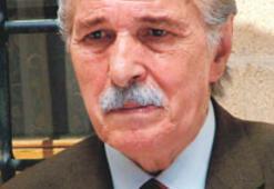 Tiyatro sanatçısı Bahri Beyat yaşamını yitirdi