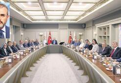 Ak Parti Sözcüsü Ünal: CHP siyasetin dilini zehirliyor