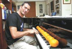 """Kerem Görsev Trio'nun """"portakallar""""ı İtalya'da"""