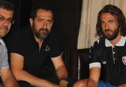 İbrahim Kaş, Karabüksporla imzaladı