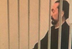 Tutuklanma kararını bekleyen Adnan Oktar böyle fotoğraflandı