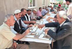 28 yıllık kan davası barış yemeğiyle bitti