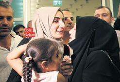 İsrail'de tutuklanan Özkan yurda döndü