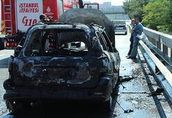 Son dakika... TEMde araç yangını, trafik kilitlendi