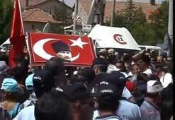 Gül ve Günaya Hacıbektaşta protesto