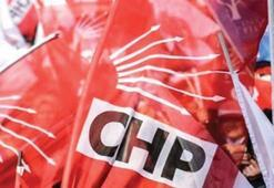 CHP Bornova'da 10 kişi istifa etti