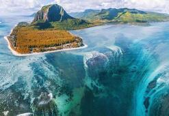 Mauritiustaki su altı şelalesi büyük ilgi görüyor