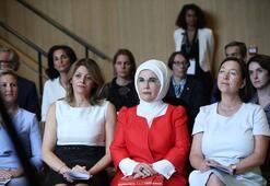 Emine Erdoğan Brükselde lider eşleriyle bir araya geldi