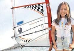 Minik Elif Ercan Dünya birincisi