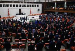 Yeni bakanlar Mecliste yemin etti