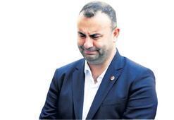 Arslan, kardeşine gözyaşlarıyla veda etti