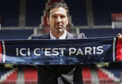 PSGnin yeni kalecisi Buffon basına tanıtıldı