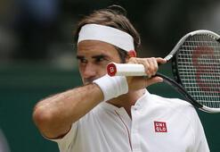 Federer çeyrek finale yükseldi
