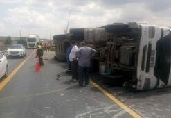 Son dakika TEMde korkutan kaza Trafik durma noktasına geldi