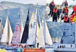 Kuşadalı yelkenciler yarışlara hazırlanıyor...