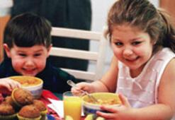 Her yaşa farklı beslenme
