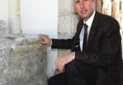 Dev antik tiyatronun sırrı 2 bin yıllık taşta