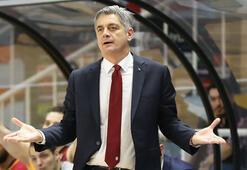 Galatasaray Odeabankta Oktay Mahmuti sorunu devam ediyor