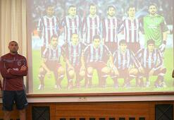 Trabzonspordan 2010-2011 pozu