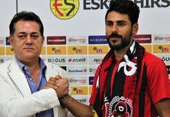 Eskişehirspor, Hakan Arslantaş ile sözleşme imzaladı