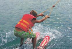 Antalya'da kasım ayında kablolu su kayağı