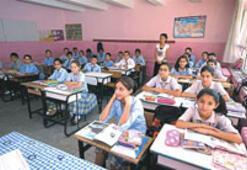 Rotaryenler, Ballıkuyu'da ilköğretim okulunu yeniledi