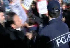 İstanbul Üniversitesinde öğrencilere polis müdahalesi