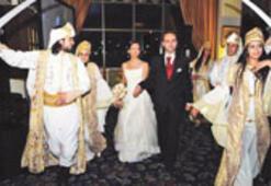 """Lübnan düğünlerinde son trend: """"Zaffeh"""""""