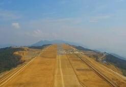1,8 km yüksekliğe havalimanı yapıyorlar