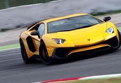 Lamborghini, V10 ve V12 modellerini elektriklendiriyor