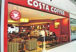 Costa Coffee, tiryakiyi günlük sütle cezbedecek