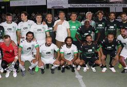 Eski futbolcular, Sakaryada gösteri maçı yaptı