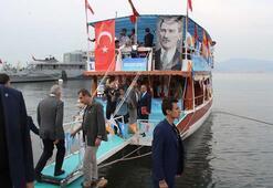 Başbakan Yıldırımdan gençlerle tekne turu