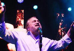 Volkan Konak: Hayatımızı verircesine şarkı söyleriz