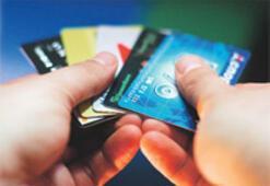 Sorunlu kredide KOBİ ve tüketici korkutuyor