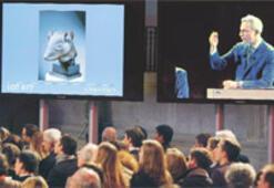 Yves Saint Laurent'in koleksiyonu 373.5 milyon euro getirdi