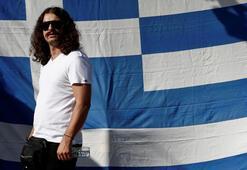 Yunanistanda orduyu darbeye çağıran milletvekili gözaltında