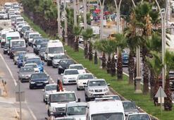 Turizm merkezlerinde bayram trafiği yoğunluğu