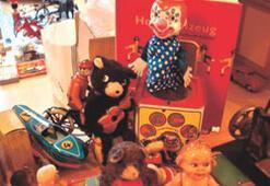 Yalvaç Abi'nin teneke oyuncakları