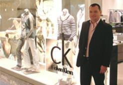 Calvin Klein, Türkiye'de Çiçek'le büyüyecek