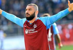 Burak Yılmaz  Trabzonsporda kalıyor...